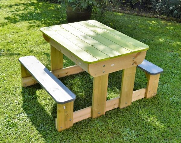 lignau spieltisch picknicktisch kinder esstisch matschtisch sitzgruppe. Black Bedroom Furniture Sets. Home Design Ideas